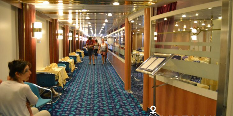 mega-express-five-corsica-ferries-restaurant